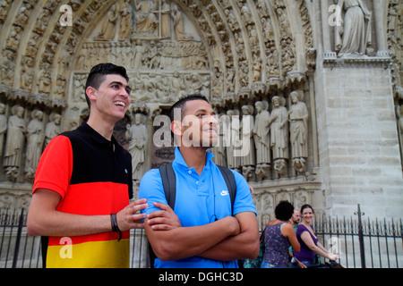 Paris Frankreich Europa Französisch 4. Arrondissement Île De La Cité Place Jean-Paul-II-Notre-Dame Kathedrale außen - Stockfoto
