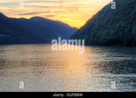 Abend auf der Donau, Schloegen Schleife, Region Hausruckviertel, Oberösterreich, Österreich - Stockfoto