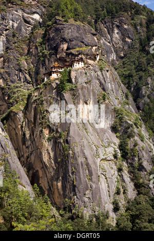 Bhutan, Paro-Tal, Taktsang Lhakang (Tiger es Nest) Kloster klammerte sich an Klippen