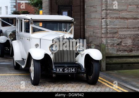 Weißen Rolls-Royce Hochzeit Oldtimer - Stockfoto