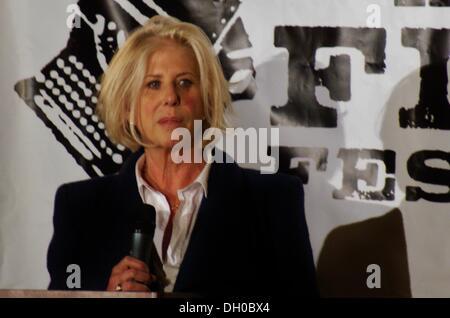 Austin, Texas, USA. 26. Oktober 2013. Schriftsteller, Produzent und Regisseur Callie Khouri, Gewinner eines ausgezeichneten - Stockfoto