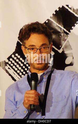 Austin, Texas, USA. 26. Oktober 2013. Produzent und das Herz des Films Award Gewinner Barry Josephson am Austin - Stockfoto