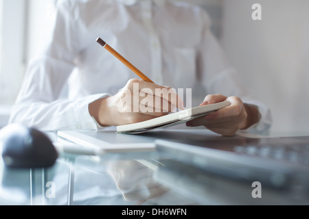 notizblock und bleistift vektor abbildung bild 64614007 alamy. Black Bedroom Furniture Sets. Home Design Ideas