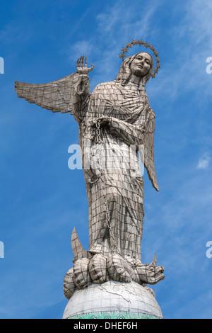 Statue der Jungfrau Maria de Quito, El Panecillo Hügel, Quito, Provinz Pichincha, Ecuador - Stockfoto