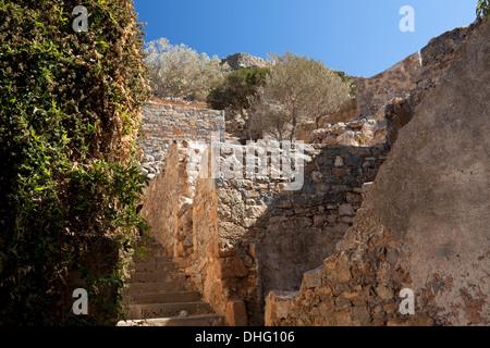 Ruinen des ehemaligen Leprakolonie auf die Insel Spinalonga, Elounda, Kreta, Griechenland - Stockfoto
