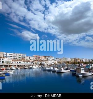 Ciutadella Menorca Marina Hafen Boote Blick auf Balearen - Stockfoto