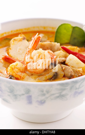 würzige Tom Yum Suppe - Stockfoto