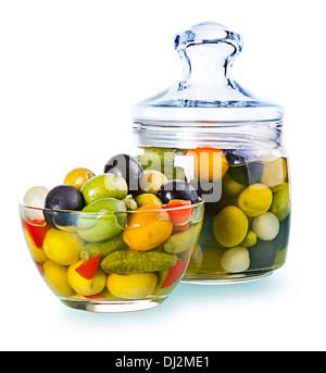flasche essen gericht essen knoblauch oliven maritime flasche mediterran salatdressing stockfoto. Black Bedroom Furniture Sets. Home Design Ideas