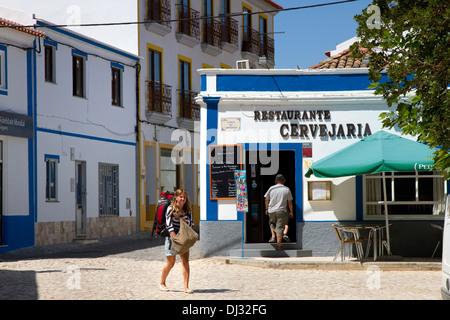 Cafe / Bar in Aljezur, Westalgarve, Portugal. - Stockfoto