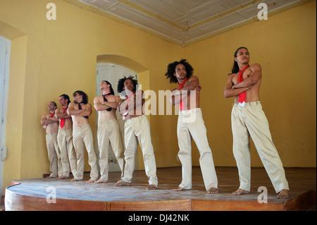 Kubanische Tanzgruppe, Gibara, Kuba - Stockfoto