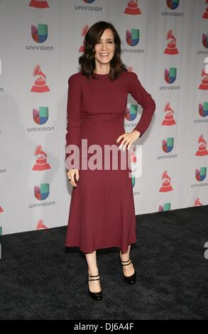 Las Vegas, NV, USA. 21. November 2013. Julieta Venegas im Presseraum für 14. Annual Latin GRAMMY Awards - Press - Stockfoto
