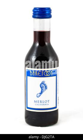 Kleine Flasche Barefoor California Merlot rot Wein, USA - Stockfoto