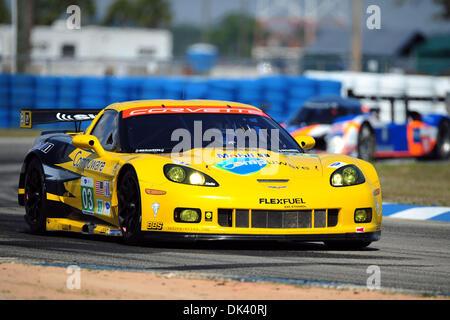 16. März 2011 - Sebring, Florida, USA - #03 Corvette Racing Chevrolet Corvette C6 ZR1 während der Tests für die - Stockfoto