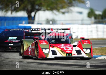 16. März 2011 - Sebring, Florida, USA - Rebellion Toyota Racing Fahrer NICOLAS PROST fährt die Lola während des - Stockfoto