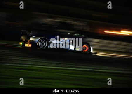 18. März 2011 - Sebring, Florida, USA - Core Autosport Fahrer GUNNAR JEANNETTE während der Nacht Praxis für die - Stockfoto