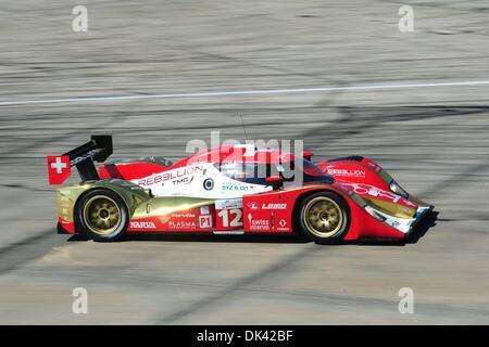 18. März 2011 - Sebring, Florida, USA - Rebellion Toyota Rennfahrer NEEL JANI während des Trainings für die 12 Stunden - Stockfoto