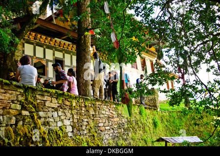 Tiger's Nest, 10180 Meter hoch, zwei Stunden Wanderung, Tiger, Cliffhanger, buddhistische Pilgerfahrt, sehr heiligen heiligen Ort, paro Bhutan