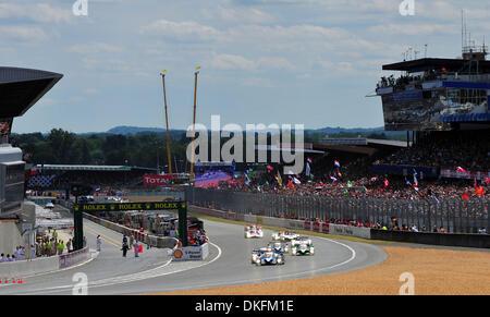 13. Juni 2009 - Le Mans, Frankreich - Peugeot führt der Start der 24 Stunden von Le Mans, Samstag, 13. Juni 2009, - Stockfoto