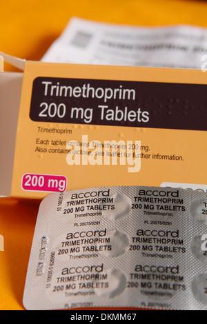 Trimethoprim Antibiotika 200mg Tabletten und Verpackung - Stockfoto