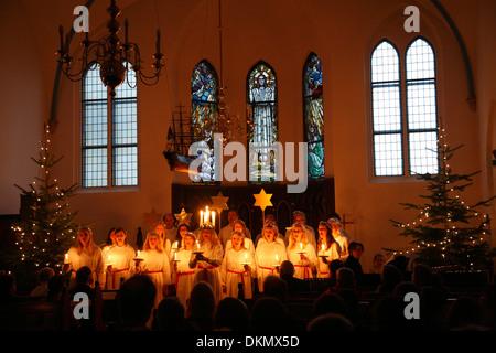 santa lucia fest in der schwedischen seaman s kirche an weihnachten hamburg st pauli. Black Bedroom Furniture Sets. Home Design Ideas