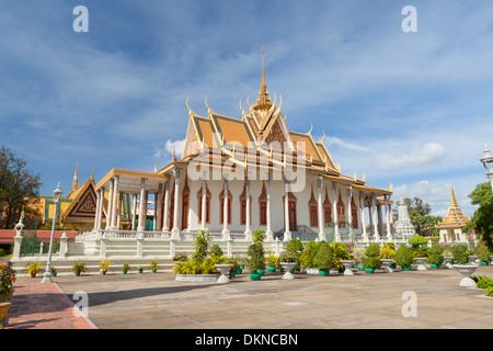 Der Silber-Pagode, Wat Preah Keo Morokot, Tempel des Smaragd-Buddha, Königspalast, Phnom Penh, Kambodscha - Stockfoto