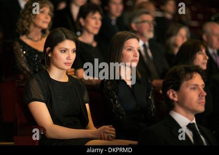 Ernsthafte Theater-Publikum - Stockfoto