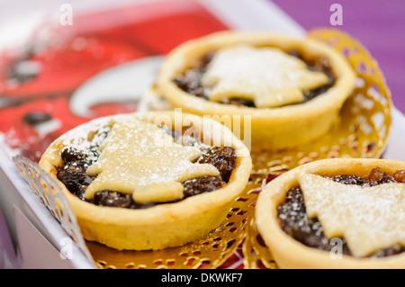Nahaufnahme von hausgemachten Weihnachten Mince pies - Stockfoto