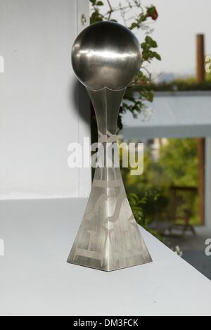 4. Juni 2002 - AWARDS Los Angeles, Kalifornien - 10. ESPY Nominierungen. AUF DIE SKYBAR IM MONDRIAN HOTEL STATT. IN LOS ANGELES, KALIFORNIEN. DIE ESPY AWARD. FITZROY BARRETT / 04.06.2002 K25032FB (D) (Kredit-Bild: © Globe Photos/ZUMAPRESS.com)