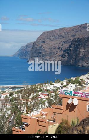 Spanien, Europa, Kanaren, Teneriffa, Los Gigantes, Dorf, Felsen, Klippe, volcanical - Stockfoto