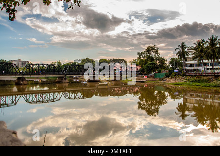 Ping-Fluss in Chiang Mai City, Thailland - Stockfoto