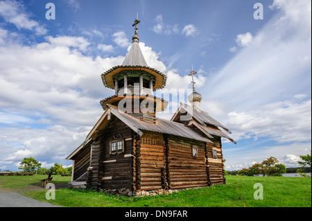 Antike die Holzkirche im Kizhi Island in Russland - Stockfoto