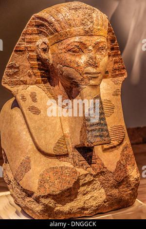 Alten Pharao Statue aus Dem alten Ägypten - Stockfoto