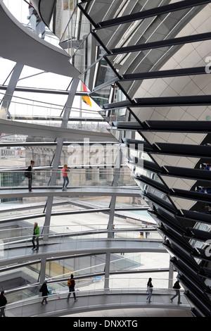 Glaskuppel des Reichstags, Berlin, Deutschland - Stockfoto