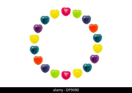 Herz-Form-Konditorei befindet sich im Kreis Stil auf weißem Hintergrund - Stockfoto