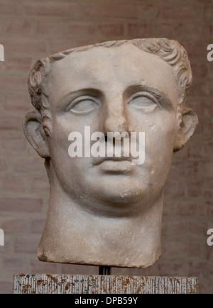 Römischen Mann Skulpturenmuseum Statue 100 n. Chr. Rom Italien - Stockfoto