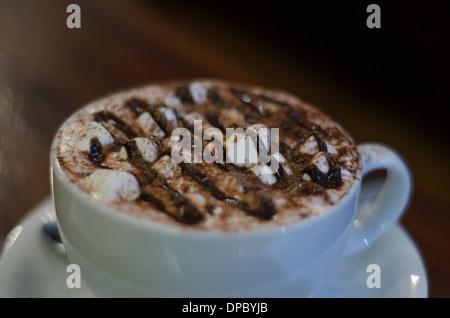 heiße Schokolade mit marshmallows - Stockfoto