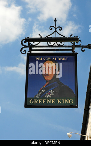 Pub Schild für The Prince Albert Public House, Ely. - Stockfoto