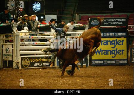 K60798bco professional bull riders kommen zum madison square garden new york city for Bull riding madison square garden
