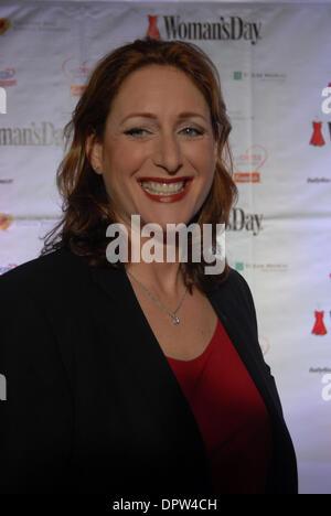 11. Februar 2009 - New York, New York, USA - JUDY GOLD bei der Womans Day präsentiert der sechsten jährlichen roten - Stockfoto