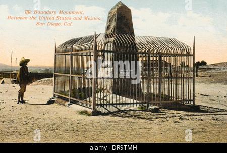 Denkmal der Grenze zwischen USA und Mexiko - Stockfoto