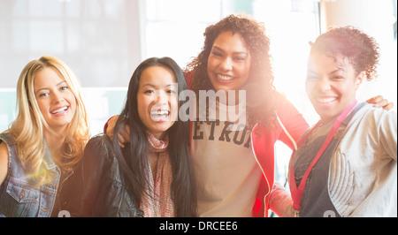 Studenten, die lächelnd - Stockfoto