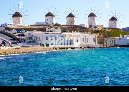 Windmühlen in Mykonos Griechenland Cyclades - Stockfoto