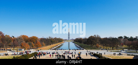 Das Washington Monument aus dem Lincoln Memorial in Washington DC, USA - Stockfoto