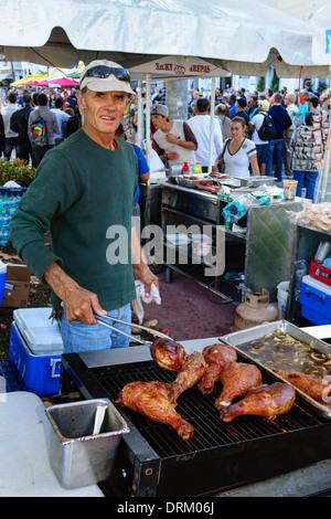 Miami Beach Florida Ocean Drive Art-Deco-Wochenende Festival Straße Messeveranstaltung Essen Anbieter Mann Türkei - Stockfoto