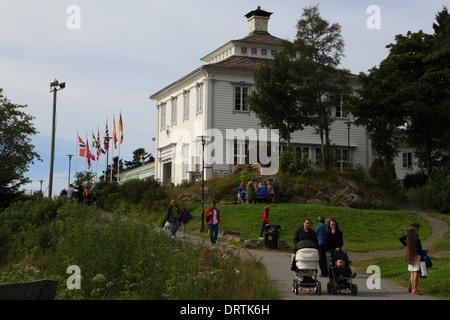Fløien Folkerestaurant am Berg Fløyen in Bergen, Norwegen - Stockfoto