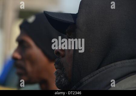 6. Februar 2014 - Washington, District Of Columbia, USA - Men stop auf eine Pressekonferenz von der Familie von - Stockfoto