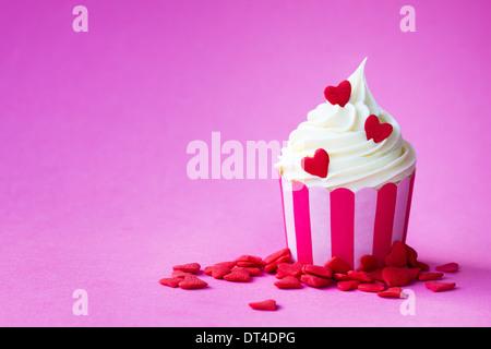 Valentine Cupcake mit textfreiraum zur Seite - Stockfoto
