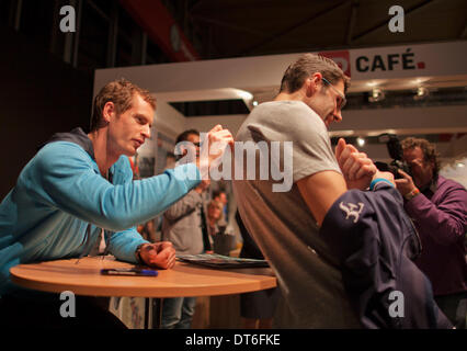 Andy Murray(GBR) Autogramme bei der ABN AMRO World Tennis Tournament.  Foto: Tennisimages / Henk Koster/Alamy Live - Stockfoto