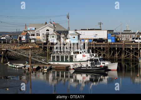 Boote im Hafen von Plymouth, Massachsetts, USA - Stockfoto