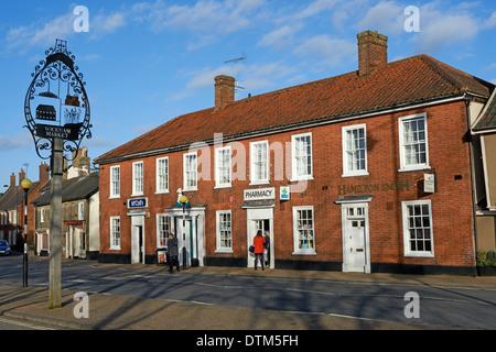 Lokale Geschäfte, Wickham Markt, Suffolk, UK. - Stockfoto